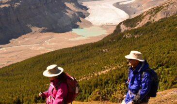 hikers-cropped-365x215.jpg