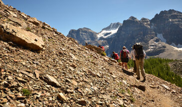 hiking-overview-365x215.jpg